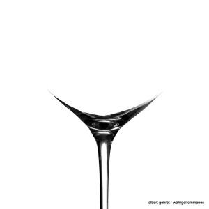 WeinglasSchoß002